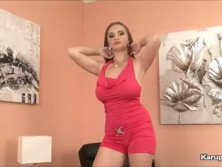 Hot Pussy Suzie Hunton Fingers Her Self