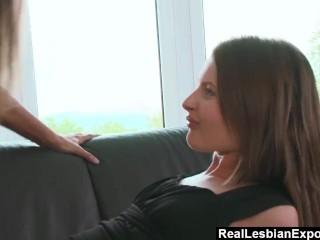 Hd/small tits/pussy a lesbians love pussy