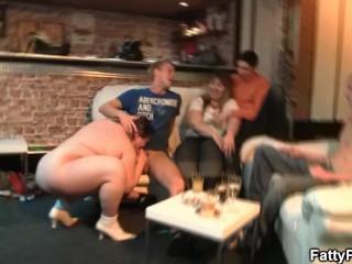 Huge boobs bbw enjoys sucking and fucking
