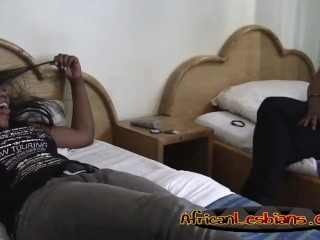 African lesbos lick including finger pussies in bedroom