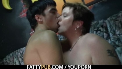 milf with pierced pussy cheating