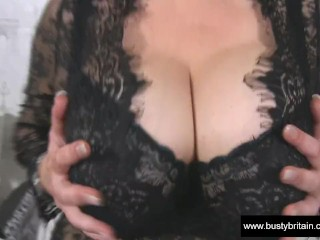 Big Boobs Sabrina Jade Juggs And Cunt Fun