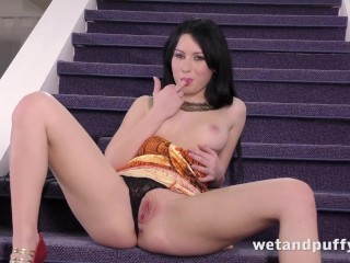 Wetandpuffy - Anal toying and speculum fun for gorgeous babe Luna Ora