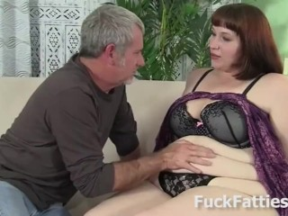 Deep/blowjob/with fat pounded chick hard