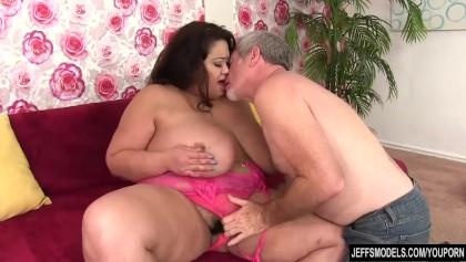 Porn hub big tits and pussy