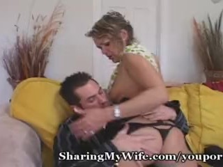 Swinger/a fuck young wife to