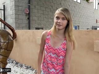 Petite teen Hannah Hays cheats on bf in public