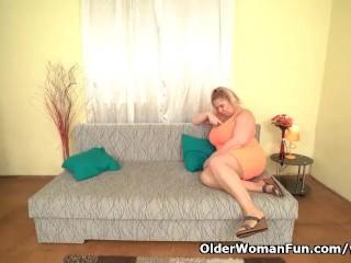 Hd/euro gilf her pussy big