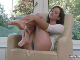 Solo Girl Tess Hot Teen Pussy Masturbation
