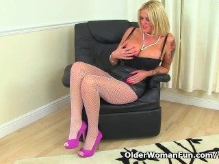 English milf Shannon will please you with her huge boobs