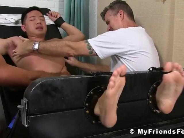 Bridgit Mendler porno