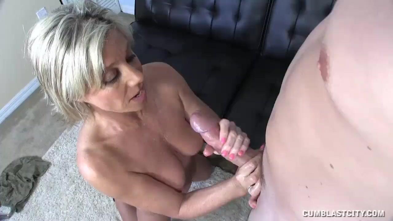 Tranny latex pics at free shemale porn net