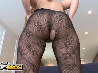 BANGBROS - Latina Named Gia Shows Off Her Amazing Big Ass & Big Tits