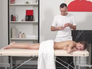 Tricky-Masseur.com - Eva Fire - Very special massage service
