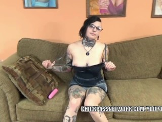 Goth hottie Tank fucks her tight twat with a pink dildo