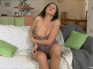 Gorgeous Teen Take Big Cock In Her Ass