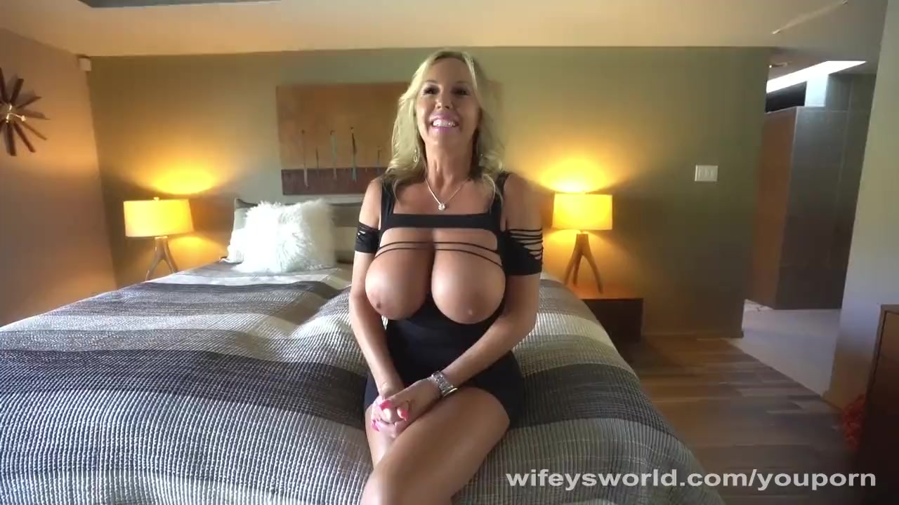 Wifeys world cumshots