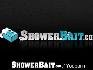 ShowerBait Sneaky shower fuck with str8 friend