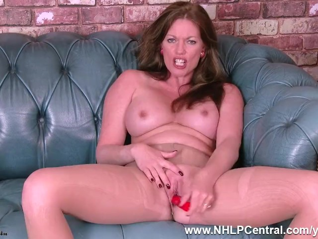milf nude pussy