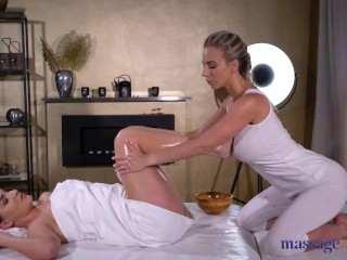 Massage Rooms Ellen Betsy fingers and licks busty blonde Nathaly Cherie