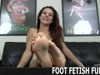 Footjob/bdsm/foot fetish femdom and jobs