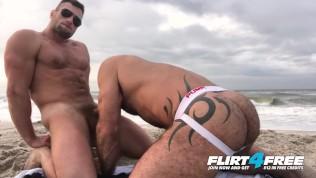 Flirt4Free Models Killian & Crew - Athletic Ripped Studs Bareback on the Beach