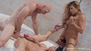 Brazzers Presents Pure Indulgence – Womanizer - Mercedes Carrera & Veronica Avluv & Johnny Sins