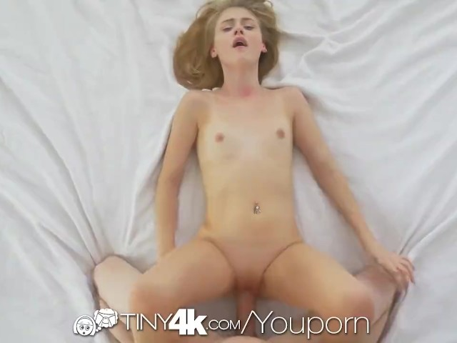 Big Dick Pounding Pussy