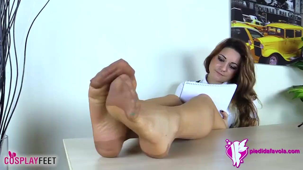 Feet in pantyhose pictures