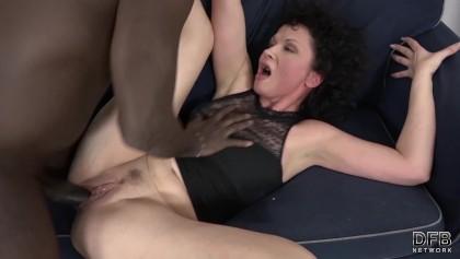 Busty mature mom tube
