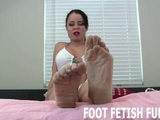 Feet Worshiping And Foot Fetish Femdom Videos