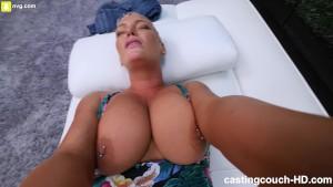 Milf With Huge Ass Fucking to Get Into a Rap Video - Free Porn ...