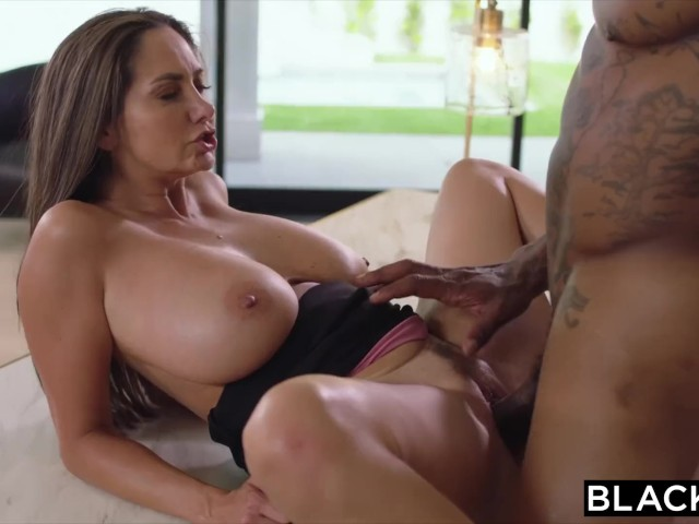 Teen Takes Her First Bbc