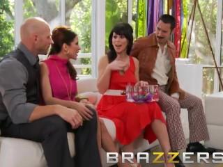 Brazzers  - Aleksa Nicole & Brooklyn Lee & Johnny Sins & Keiran Lee - Key Party