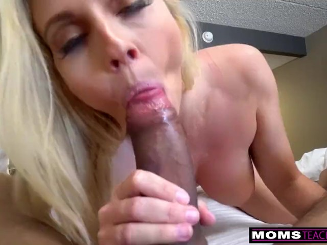 Fucking My Step Sister Mom