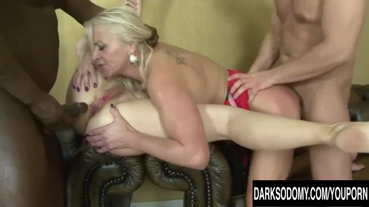 Hot mature anal porn