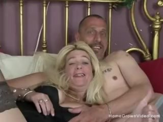 Big tit blonde amateur wife getting that good dick