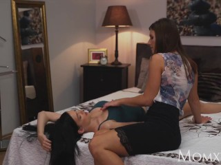 MOM Petite young Czech girl and sexy older woman eating each other out