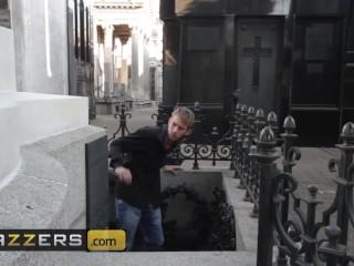 Ass/handjob/clit cop gets gomez
