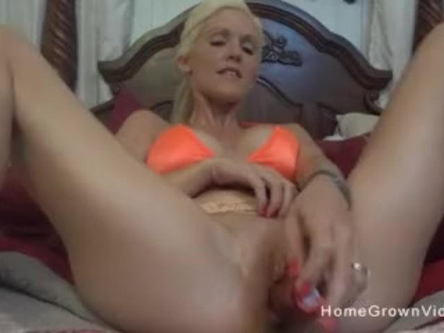 Fucking My Hot Stepsister
