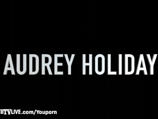 Eric John Gets His Cock Sucked & Fucked By Audrey Holiday