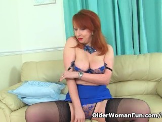 UK mommy Red will create your willy deep with her roasting hot body