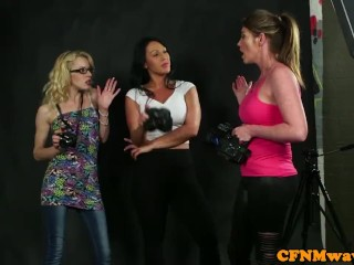 Gorgeous CFNM domina sucking guys cock