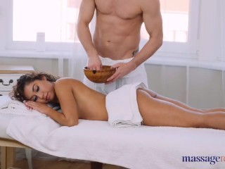 Massage Rooms Beautiful Mexican Melody Petite oily footjob and hard fuck