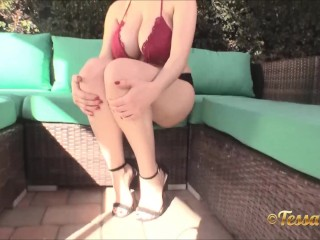 Tessa Fowler move so sexy and make her huge tits bounce to tease you