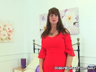 Scottish milf Toni Lace will make your cock pop