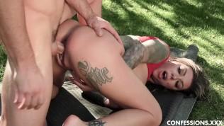 Tattooed Big Tits Karma Rx Fucks The Hard Cock Of Her Golf Instructor.