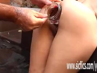 Anal fisting and XXL insertions amateur