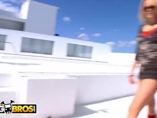 BANGBROS - Alexis Texas and Mariah Milano Get Their Big Asses Banged On Ass Parade!