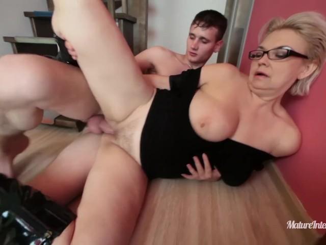 amateur matures craving big dick